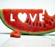 art_artistic_fruit_heart_love_photography_red_watermelon-5d70f7d1baf5376487536b4f8fdd11c4_m
